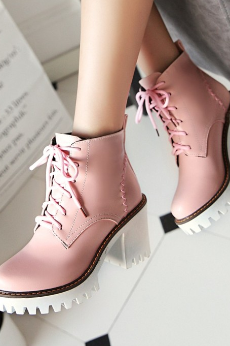 Ulass Lace Up High Heel Ankle Boots