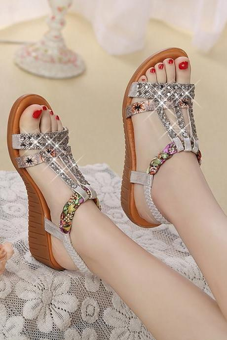 Ulass 2017 New Rhinestones Flat Bottom Soft Leather with Slippers with Pregnant Women with Anti-skid Bohemian Beach Shoes