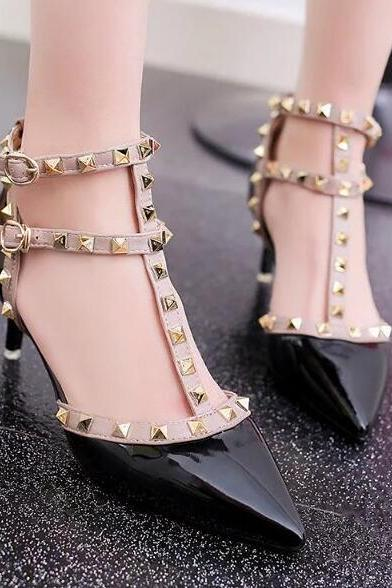 Ulass Gorgeous Rivet High Heels Fashion Shoes ST-099