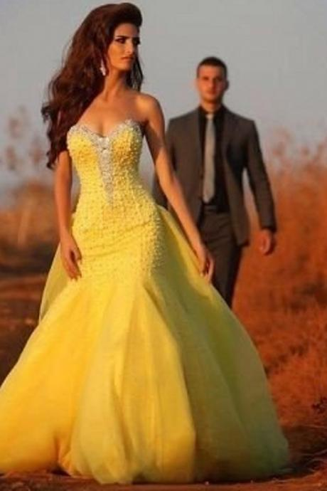 Ulass Elegant-2016-Yellow-Prom-Dresses-Sweetheart-Sleeveless-With-Beads-Mermaid-Chiffon-Custom-Made-Long-Chapel-Train Fromal Gown