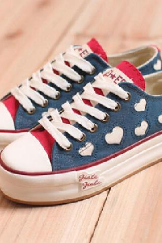 Heart Adorned Denim Lace-Up Canvas Sneakers