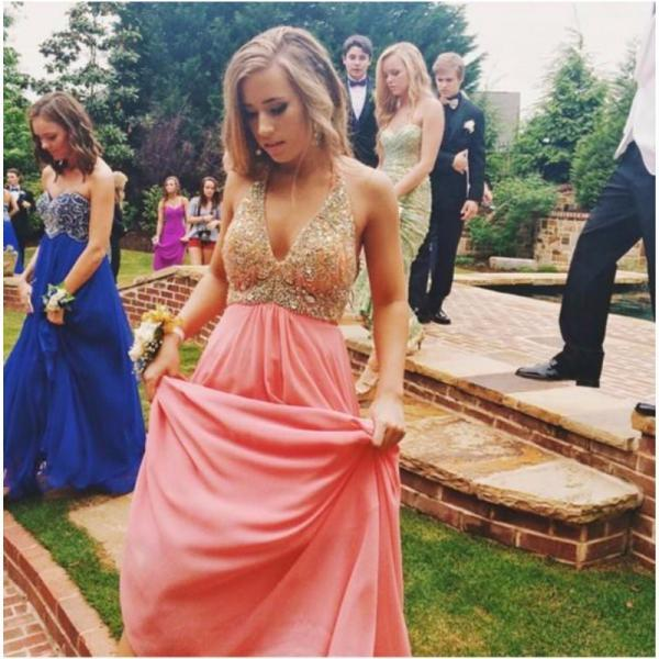 Ulass 2016 Stunning Halter Prom Long Dress Sexy Seep V Neck Crystal Beading Bodice Chiffon Graduation Dresses Backless